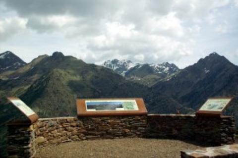 Viewing Point  Pica d'Estats